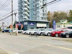 各種輸入車をメインとしたお店です!お客様がご購入しやすい価格帯を中心に取り揃えております。ぜひお気軽にご来店ください。