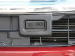 【安全装備】走行安全支援装備です。各種のセンサーで危険を感知し、事故に備えます。