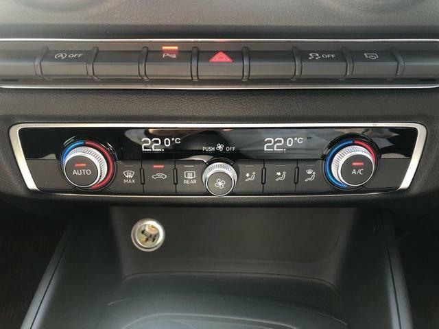 内外装共に非常に綺麗なお車で、非常に大切に使用されていた車両です。勿論メンテナンスも正規ディーラーでしっかりと行われています。