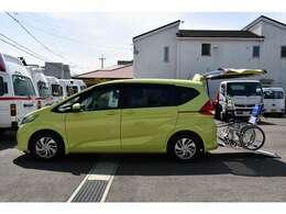 常時30台以上の福祉車両を掲載しております。是非、当社ホームページへお越し下さい。福祉車両専門店ホームページ。http://sakaide-j.com/※車いすは見本です。