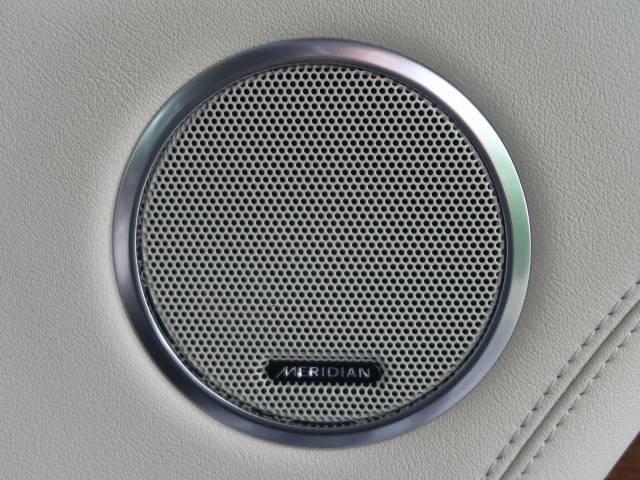 ◆MERIDIANデジタルサラウンドサウンドシステム『コンサートのような臨場感溢れる音響空間を実現します。MERIDIANは英国のプレミアムオーディオブランドです。どうぞ店頭にてご体感ください。』