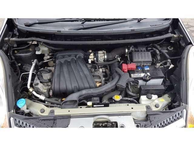 自社整備工場にて、エンジンオイル・ファンベルト・バッテリー・ブレーキオイル等の交換し、納車致します。