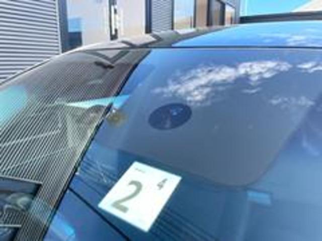 エマージェンシーブレーキ!衝突の回避や衝突時の被害を軽減しサポートします!前方の車両や歩行者をレーザーレーダーと単眼カメラで検知!警報ブザーとディスプレイ表示で衝突の可能性を知らせてくれますので安心☆