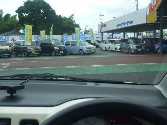 常磐自動車道『土浦北IC』よりお車で約3分の場所にございます。常時100台以上の在庫を取り揃えております!お気に入りの1台を見つけてください☆