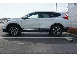 先進の安全運転支援システム「Honda SENSHING」を装備しております。