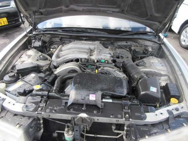 200馬力エンジンです。(カタログ値)