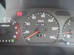 走行71667キロ☆内・外装クリーニング済み!キレイなお車です。☆