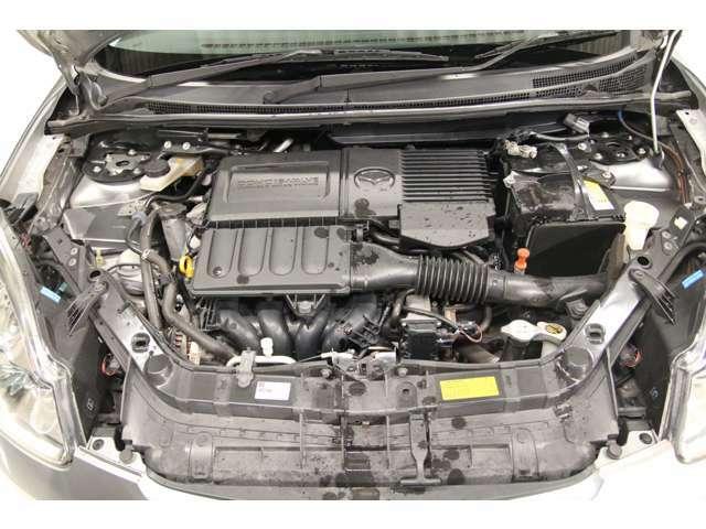 エンジンルーム内のメンテナンスも自社整備工場で行いますので、ご安心ください。