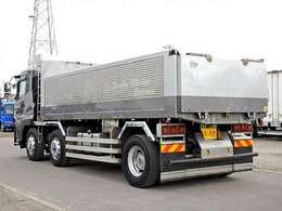 車両総重量21830kg 最大積載量10700kg