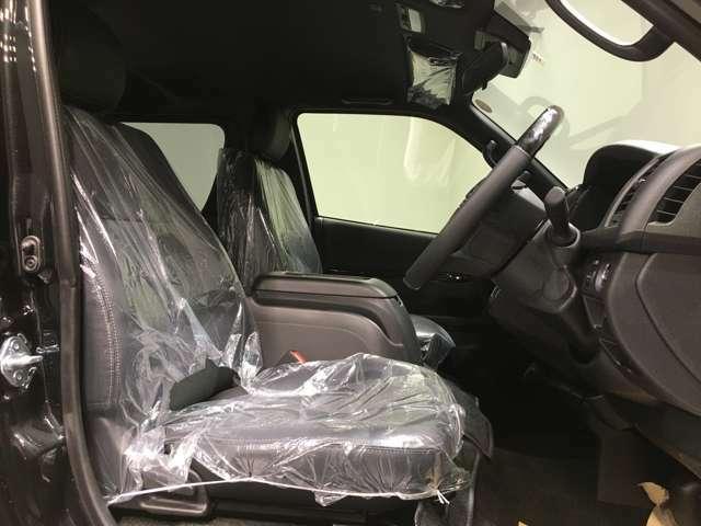 ◆フロントシート◆広々使えるフロントシートで快適ドライブ♪