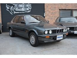 BMW 3シリーズ 前期型E30 320i ワンオーナー車 メッキバンパー 左ハンドル