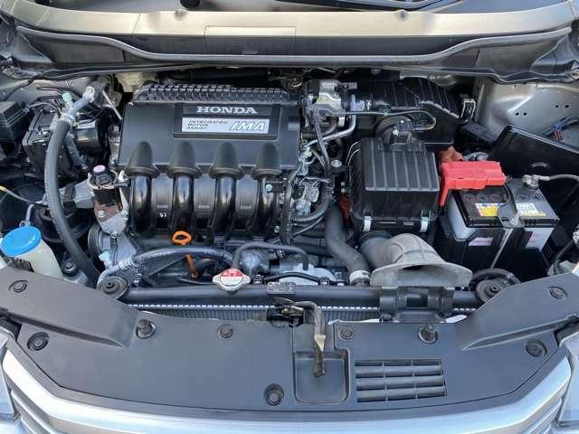 1300ccのコンパクトなエンジンに電気アシストモーターをプラス。これからの時代はハイブリッドが中心になります。