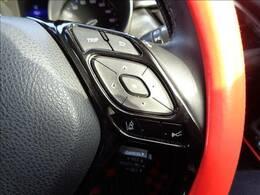 【シート】高級感溢れる車内を演出する【茶革ハーフレザーシート】です。