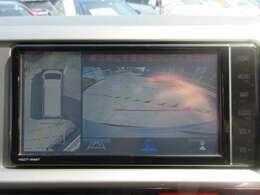 純正SDナビ付き♪ マルチビューカメラ付き♪ 360°のカメラで死角もなく駐車の際にとても助かります♪