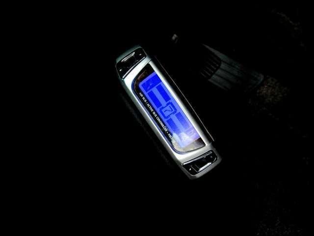 データシステム製エアサスコントローラー付きでお好みの車高でお乗り頂けます!