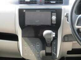 ドライブの相棒といえばやっぱりナビですよね。またオートエアコンも少し特徴がありますので次の画像でご紹介いたしますね。