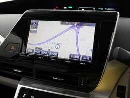 安心で快適なドライブを支援するT‐Connect 9インチSDナビゲーションシステムを装備。フルセグTV、DVDビデオに対応、USB/HDMI端子も装備しています。