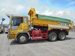 積載9750Kg・車両総重量19980kg