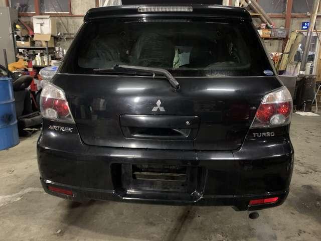 お車は納車前に点検整備を実施しお渡しさせてさせて頂きますので、ご安心くださいませ。