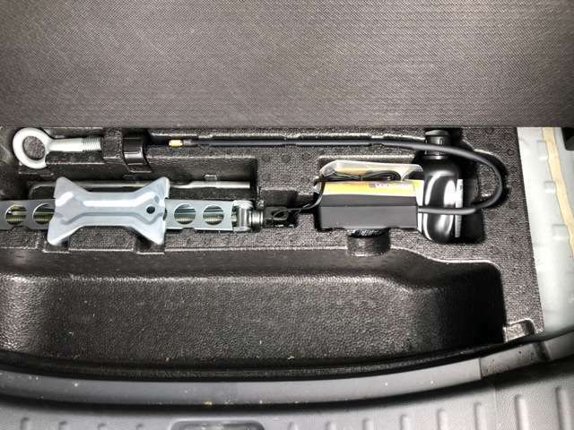 自社車検整備工場完備!車検はもちろん鈑金修理・自動車保険など、お車に関することの全てをお任せください!