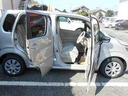 内外装共、非常に綺麗な状態な車両です!ピカピカです!