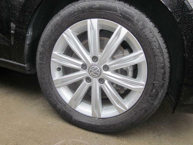 新品タイヤにて納車いたします。