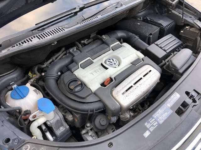 とても良好な状態のエンジンです♪走行時に異音やエンジン揺れなどもなく軽快な走行性となっています♪エンジンルームも艶がありとても綺麗な状態です♪入庫時に入念なロードレストをクリアしており安心です♪