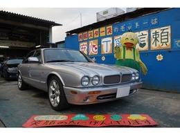 ジャガー XJ XJR 4.0 スーパーチャージド V8 ガレージ保管 1オーナ 禁煙 メッキ曇り無