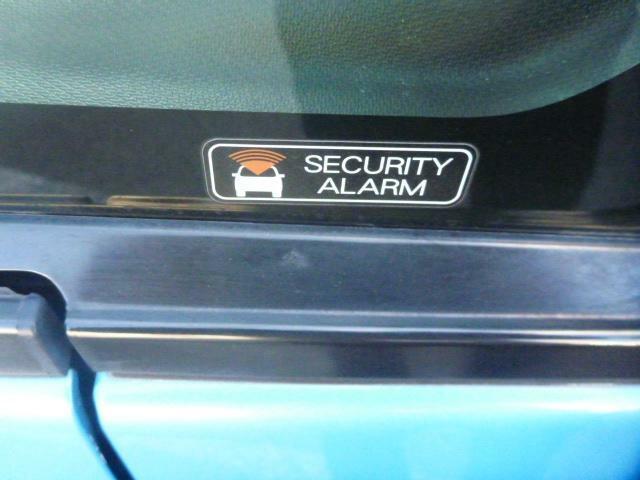 セキュリティアラーム機能付で安心です。