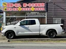 長さ584cm幅210cm高さ185cm。フルサイズピックアップトラック。