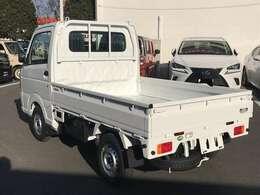 中古の軽トラックにプラスαくらいのご負担で未使用車が購入出来る場合もございます。中古車の状態と価格との比較をぜひして下さい。
