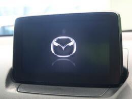 DVDや地デジTVの視聴も可能な多機能ナビです。