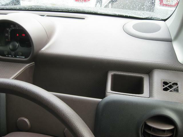 運転席収納
