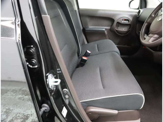 トヨタの全国ロングラン保証  買ってからも安心! 走行距離無制限・1年間の無料保証。