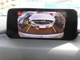 ガイドライン付のバックカメラが装備されています!後ろの壁ギリギリに止める時や、バックで駐車場を出る際に後ろに障害物が無いか確かめるのに非常に便利です!車庫入れが苦手な方の強い見方です!