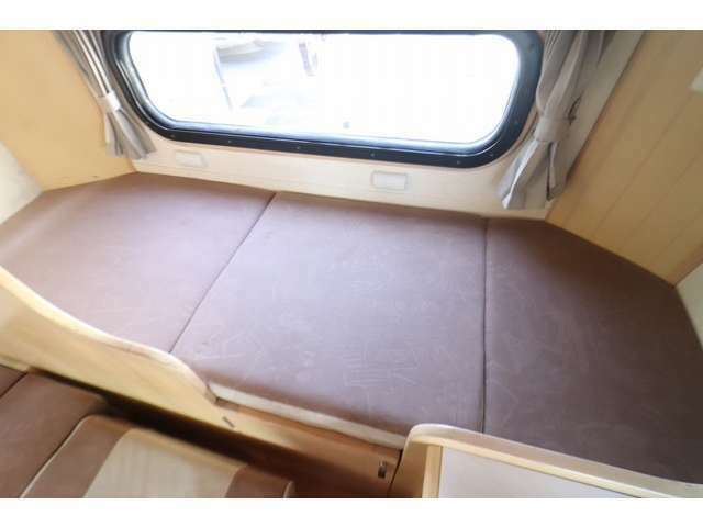 リア常設ベッド!168×59