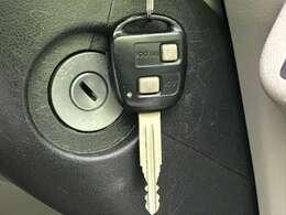 パワーウィンド付きです♪開閉ロックボタンもありますので後席でお子様が窓を勝手に開けることも防止できます。
