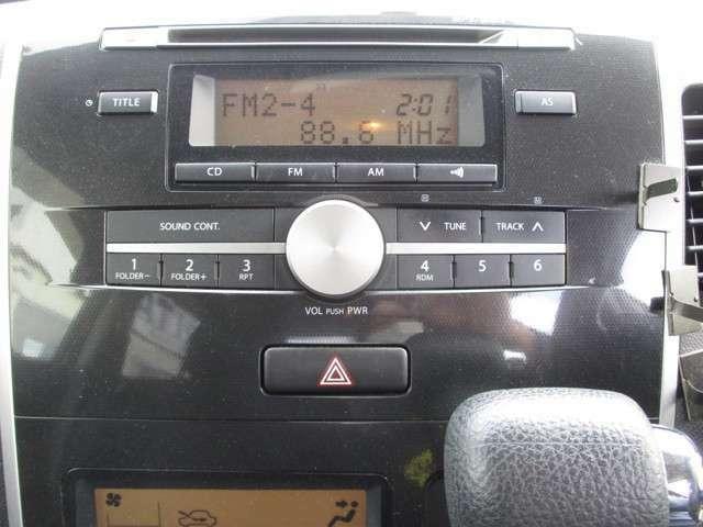 CD AMFMラジオ付き