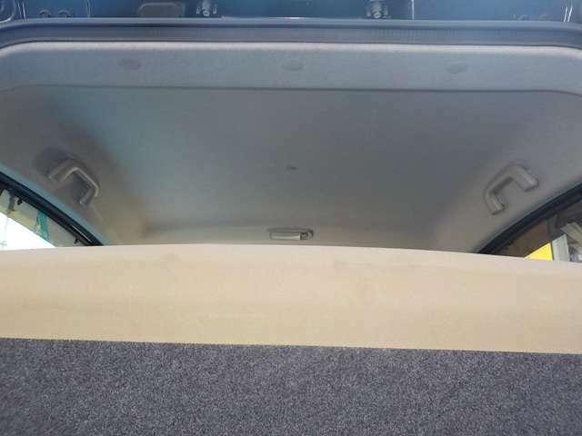 天井も専用ケミカル剤を使用したクリーニングを行っております☆