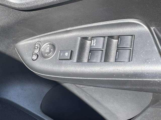 運転席ドアスイッチの画像です