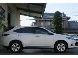 くるまのミツクニ自慢の在庫車からどのお車でもローンを組んでご購入いただけます!もちろん在庫にない車を見つけて販売することも可能です!(カーセンサー無料ダイヤル:0066-9711-146606)