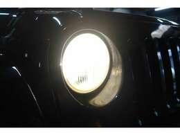 ☆ヘッドライトは純正ヘッドライト!ヘッドライトはハロゲン球になっておりますのでHIDやLEDに交換することができます☆