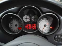 実走行「61,491km」警告灯の点灯などなく機関良好です。