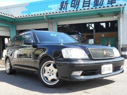 いつまでも変わらぬ人気のクラウンエステート! 希少な黒の4WD車です! 純正マルチ、サンルーフ付き!