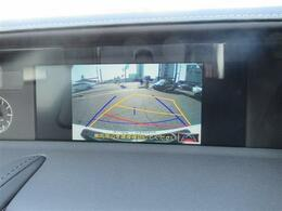 バックカメラが装備されていますのでバック駐車の後方確認も楽に出来ます。