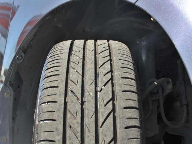 タイヤの山も7分山以上!安心のタイヤで楽しくドライブして下さい★
