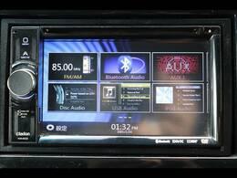 クラリオンフルセグナビを装備。ブルートゥース接続、DVD再生可能、音楽の録音も可能です。