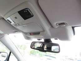 人気のアイサイトVer3も装備しており前車追従機能付きで高速道路のクルーズコントロールも快適ですっ!