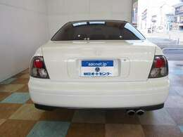 左ハンドル RAYS18インチアルミ ローダウンサス 社外マフラー ユーロテール クリアサイドマーカー HIDヘッド