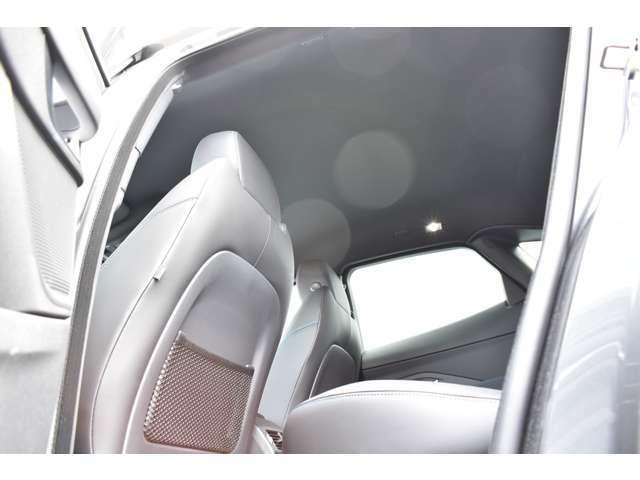 自動緊急ブレーキ、360°サラウンドカメラ、レーンキープアシスト、ドライバーコンディションモニター、フロント/リアパーキングエイド で運転をサポート!
